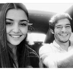 Cute Love Couple, Cute Girl Pic, Best Couple, Cute Love Stories, Love Story, Murat And Hayat Pics, Hande Ercel, Turkish Beauty, Beautiful Love
