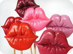 kiss me you fool