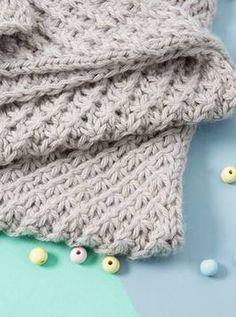 Babydecke im Sternchenmuster stricken, Decke stricken / knitting . - Weighted Blanket DIY-Anleitung: Babydecke im Sternchenmuster stricken, Decke stricken / knitting . Crochet Pullover Pattern, Crochet Blanket Patterns, Baby Knitting Patterns, Knitting Blogs, Knitting Yarn, Free Knitting, Diy Manta, Youtube Crochet, Knitted Baby Blankets