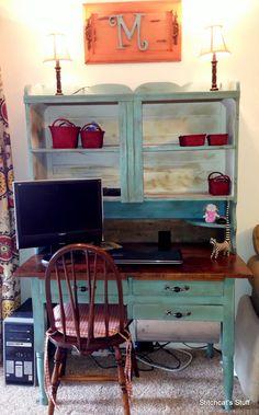 Antique Hoosier Cabinet / Furniture Re-Do Reveal - Annie Sloan Chalk Paint.  Easy DIY furniture project #DIY #repurpose