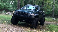 2000 Jeep Grand Cherokee WJ Laredo,,yes please