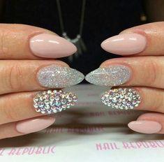 nail art nouvel an stass paillettes #nails #nailart