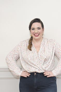 Sew Over It Anderson Blouse - Louise's version Girl Dress Patterns, Blouse Patterns, Clothing Patterns, Skirt Patterns, Coat Patterns, Diy Clothing, Plus Size Summer Fashion, Plus Size Sewing Patterns, Sew Over It