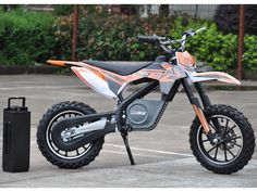 Ride On 24v Electric Dirt Bike 500w - This powerful ride on MotoTec 24v Electric Dirt Bike is the ultimate kids ride, Electric dirt bikes are great for the driveway and backyard fun. With our upgraded 24 volt 500 watt version you can cruise over bumps and speed through dirt trails with ease.
