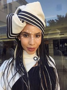 goes to Thuli Phongolo African Wedding Attire, African Attire, African Fashion Dresses, African Dress, Fashion Outfits, South African Traditional Dresses, Traditional Outfits, Traditional Wedding, Xhosa Attire