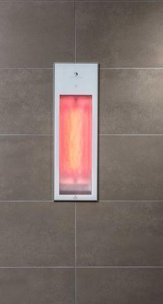 De Sunshower Pure White is een half body apparaat met één kortegolf infrarood lamp van 1250W. Het apparaat wordt volledig weggewerkt in de wand.