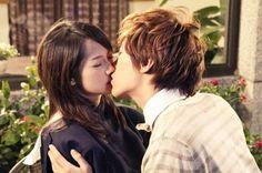fondant garden (2012) taiwanese drama with korean singer Park Jung Min and taiwanese actress Jian Man Shu