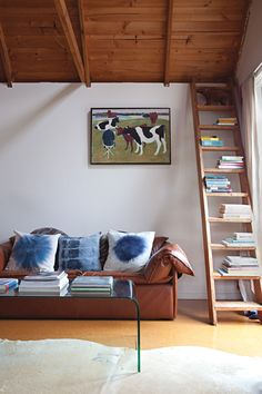 Read All About It: 10 Super Savvy Ways to Style Your Bookshelf