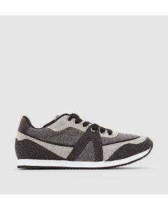 Sneakers från R Edition. Ovandel i filtmaterial (100% polyester). Foder och innersula i textil. Yttersula i elastomer.
