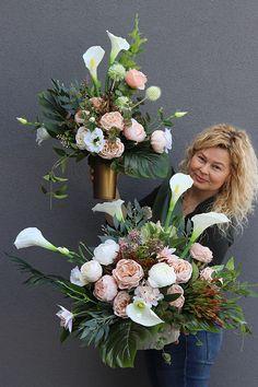 Flower Boutique, Funeral Flowers, Ikebana, Cemetery, Flower Arrangements, Floral Wreath, Bouquet, Wreaths, Diy