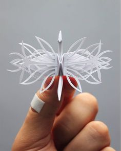 Working on his self-initiated project for almost 3 years, origami enthusiast Cristian Marianciuc challenged himself to create a new decorative paper crane every day for… Origami Star Box, Origami Love, Origami Fish, Origami Design, Origami Cranes, Oragami, Origami Ideas, Origami Folding, Diy Origami