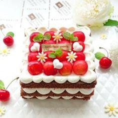 🎀 2017.7.19◽フォレノワール🍒◽ * こんばんは😊 さくらんぼも美味しい季節ですね🍒 やはり、チョコレートケーキとの相性は抜群です✨生クリームもチョコにすると重たいので、そのままで⭐ #さくらんぼ#フォレノワール#チョコレートケーキ#チェリー#大人だって可愛いが好き#KURASHIRU#コッタ#クッキングラム#cotta#cookingram#snapdish #wp_deli_japan#igersjp#デリスタグラマー#lin_stagrammer#手作りスイーツ#手作りお菓子#手作り夏お菓子#instacake#夏スイーツ#デコレーションケーキ#お家カフェ#さくらんぼケーキ#さくらんぼデコレーション#decoration_cake