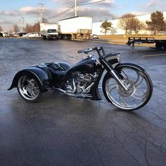 Custom Trikes For Sale, Custom Moped, Custom Paint Motorcycle, Custom Choppers, Custom Harleys, Motorcycle Design, Motorcycle Style, Custom Motorcycles, Custom Bikes