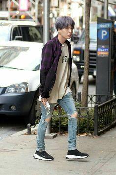 Öncelikle shipler: jimin♡rose=jirose💕 jungkook♡lisa=liskook💕 suga♡j… # Romantik # amreading # books # wattpad Korean Fashion Men, Korean Street Fashion, Kpop Fashion, Mens Fashion, Bts Airport, Airport Style, Bts Clothing, Mode Kpop, Bts Inspired Outfits