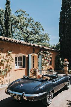 1972 Jaguar E-Type Series 2 and - cars Fancy Cars, Cute Cars, Retro Cars, Vintage Cars, Dream Cars, My Dream Car, Audi R8 V10, Ford Mustang Convertible, Classy Cars