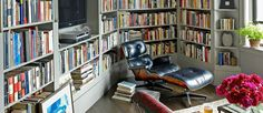 10 stunning vintage home libraries