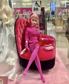 Pink Barbie, Barbie Dream, Amazing Dresses, Nice Dresses, Fashion Dolls, Fashion Art, Vintage Barbie Clothes, Doll Wardrobe, Clay Figures
