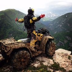 30 Odd And Interesting Things You Don't See Everyday - Wow Gallery Can Am Atv, Travel Pictures Poses, Sports Cars Lamborghini, Sport Atv, Impressive Image, Quad Bike, Pit Bike, Four Wheelers, Kids Ride On