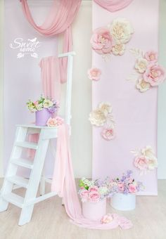Discover recipes, home ideas, style inspiration and other ideas to try. Backdrop Decorations, Paper Decorations, Birthday Decorations, Baby Shower Decorations, Wedding Decorations, Paper Flower Backdrop, Paper Flowers, Giant Flowers, Photography Backdrops