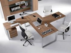 Different, clean desk layout