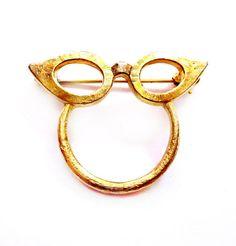 Vintage Eyeglasses Brooch, Gold Cat Eye Glasses Holder Pin, Costume Jewelry
