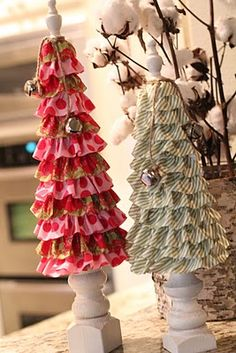 Craft-O-Maniac: 15 Fabulous Christmas Crafted Trees great way to use those jelly roll fabrics Christmas Music, Winter Christmas, All Things Christmas, Christmas Holidays, Christmas Decorations, Christmas Ornaments, Tree Decorations, Christmas Candy, Christmas Christmas