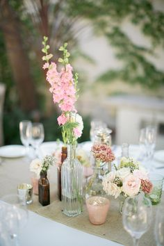 A Vintage Pink and Gray California Wedding #wedding #inspiration #details #vintage #tablescape #centerpiece