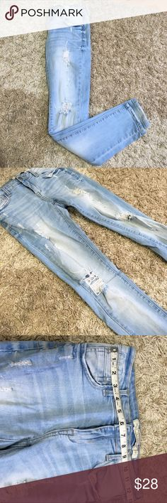 Light blue distressed jeans Super cute! Great condition! Worn a few times. Mid rise. Perfect for summer!! Any questions please ask 😊😊😊 i&m premium jeans Jeans Skinny