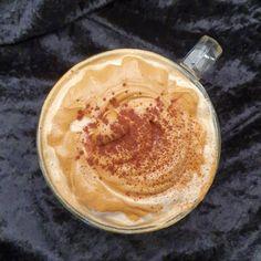 lavkarbomedhanne – Kyllingsuppen som får gjestene til å si mmmmmm. Peanut Butter, Food And Drink, Low Carb, Ethnic Recipes, Nut Butter