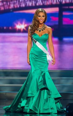 Click to see images of Brooke Fletcher Miss Georgia USA 2015 Evening Gown, read our review of her pageant gown and cast your vote on if her dress is a HIT!