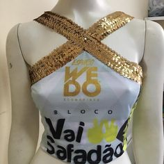 Mais um abadá Ophicina lindo pra arrasar no #vaisafadão #ophicinaabadaseconsertos #abadas Cut Shirts, Pattern Making, Diy Clothes, Sewing Projects, Bows, Tank Tops, Womens Fashion, How To Make, Outfits