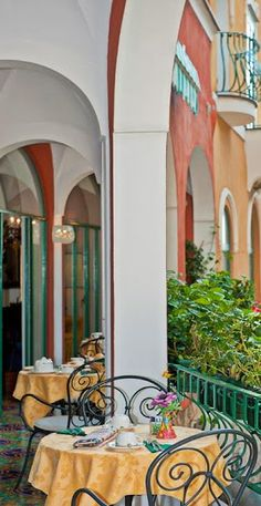 #Savoia_Hotel_Positano - #Positano - #Italy http://en.directrooms.com/hotels/info/2-31-1101-18996/