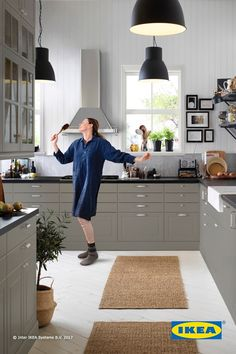 Your kitchen should be a place you love to be! Creating that dream kitchen can be easier than you think - and it all starts with a little inspiration! Click to get inspired by IKEA kitchen styles and ideas.