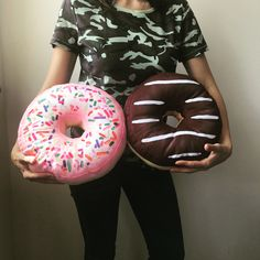 Donut, donuts cushion pillow hand made Donut Cushion, Cushion Pillow, Food Pillows, Donuts, Sushi, Cushions, Handmade, Ideas, Frost Donuts