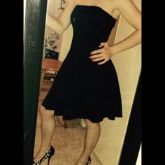 HP ⬇️Express LBD!!⬇️ Gorgeous and extremely flattering LBD from Express! Corset like top, stretchy in the back. I'm pretty short so the dress will hit more above your knee than it does on me. Great condition.      Reduced from $20 Express Dresses