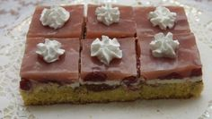 Želé rezy s jahodami Waffles, Cheesecake, Pudding, Breakfast, Desserts, Food, Basket, Morning Coffee, Tailgate Desserts