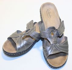 Clarks Bendables Sandals sz 7 Slides Metallic Womans #Clarks #Slingbacks