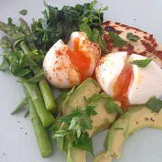 """""""Abundance Breakfast Bowl {soft boiled eggs, avo, spinach, asparagus, haloumi, parsley} so much goodness!"""