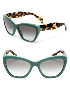 Prada    ♥    #cateye #sunglasses #compreoseu #compreonline #oticaswanny #wannyonline #online #prada #original #havana #verde #gatinho #lançamento #modasolar