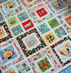great kids quilt design - superhero quilt -- BetterOffThread- make with Star Wars or Angry Bird theme? Quilting Projects, Quilting Designs, Sewing Projects, Quilt Design, Baby Quilts Easy, Boy Quilts, Superhero Quilt, Baby Boys, Star Wars Quilt