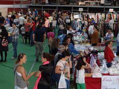 Compras y muy buen ambiente, como siempre, en El Mercado de Arroyo!!