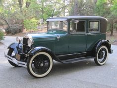 Cool cars 2019 Hemmings Find of the Day – 1929 Model A Ford Fordor Leatherback Sedan Hemmings Daily Mustang Cabrio, Ford Mustang, Ford Gt, Car Ford, Ford Motor Company, My Dream Car, Dream Cars, Vintage Cars, Antique Cars