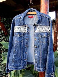 Maryval / Upcyklovaná džínsová bunda skrášlená čipkou Handmade, Hand Made, Handarbeit