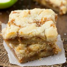 Salted Caramel Apple Butter bars have the most amazing buttery shortbread crust and a delicious caramel apple center! ( Made these and they are awesome. Köstliche Desserts, Delicious Desserts, Dessert Recipes, Yummy Food, Apple Recipes, Sweet Recipes, Baking Recipes, Fall Baking, How Sweet Eats