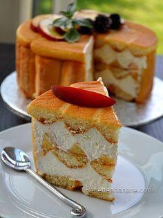 Charlotte - recette facile - Recettes by Hanane Charlotte Au Fruit, Charlotte Cake, French Desserts, Just Desserts, Delicious Desserts, Sweet Recipes, Cake Recipes, Dessert Recipes, Cupcakes