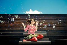 Bulles de joie. Bubble fun, joy. Allegria y burburas.
