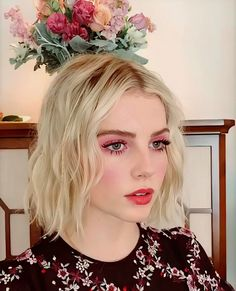 Entry Content Try Red Makeup, Beauty Makeup, Hair Makeup, Hair Beauty, Pink Eyeliner, Eyeliner Looks, Lucy Boynton, Black Lipstick, Creative Makeup Looks