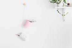 Passion Shake | DIY Modern Hanging Desk Organizers | http://passionshake.com