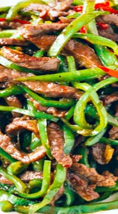 Beef and Pepper Stir-fry Beef and pepper stir-fry, seared over super high heat, is an easy, delicious weeknight dish. Add this beef and pepper stir fry to your weeknight rotation! Steak Stirfry Recipes, Stir Fry Recipes, Meat Recipes, Asian Recipes, Cooking Recipes, Healthy Recipes, Ethnic Recipes, Chinese Recipes, Oriental Recipes