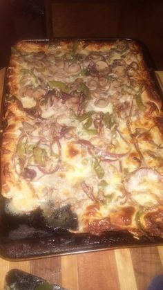 Philly cheese steak pizza Recipe by Philly Cheese Steak Pizza, Pizza Recipes, Cooking Recipes, Saute Onions, Cheesesteak, Great Recipes, Main Dishes, Food Porn, Stuffed Peppers